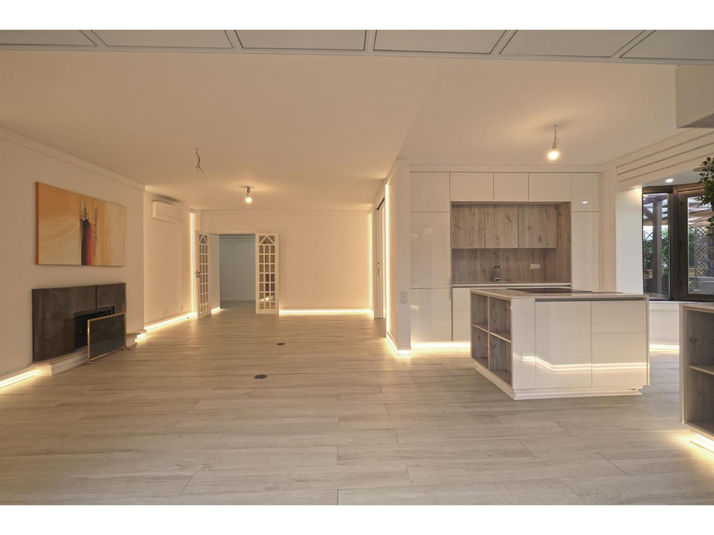 Image Appartement de 130 m2 avec 3 chambres à coucher (deux suites) situé à la Lisbonne 3