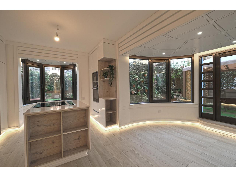 Image Appartement de 130 m2 avec 3 chambres à coucher (deux suites) situé à la Lisbonne 2