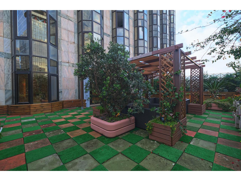 Image Appartement de 130 m2 avec 3 chambres à coucher (deux suites) situé à la Lisbonne 5