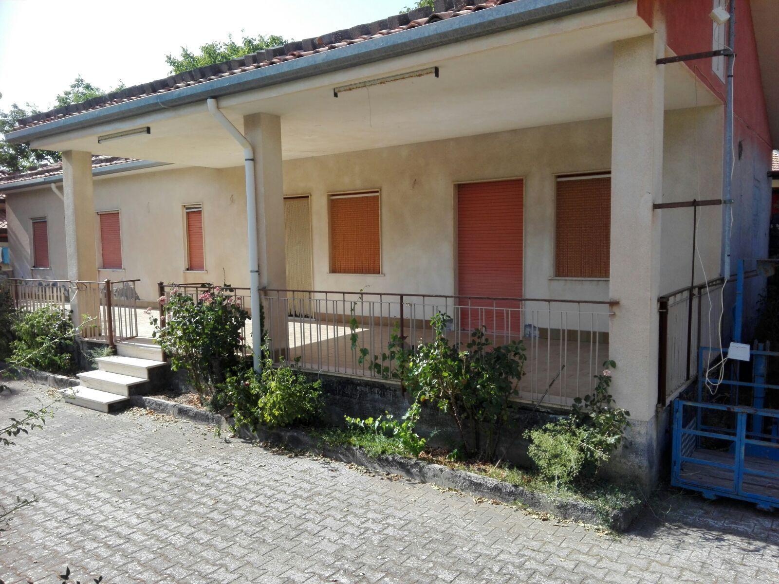 Image Appartamento in Contrada Difesa di Bronte (CT) Zona Parco dell'ETNA e Terreno Coltivabile e Pertinenze 8