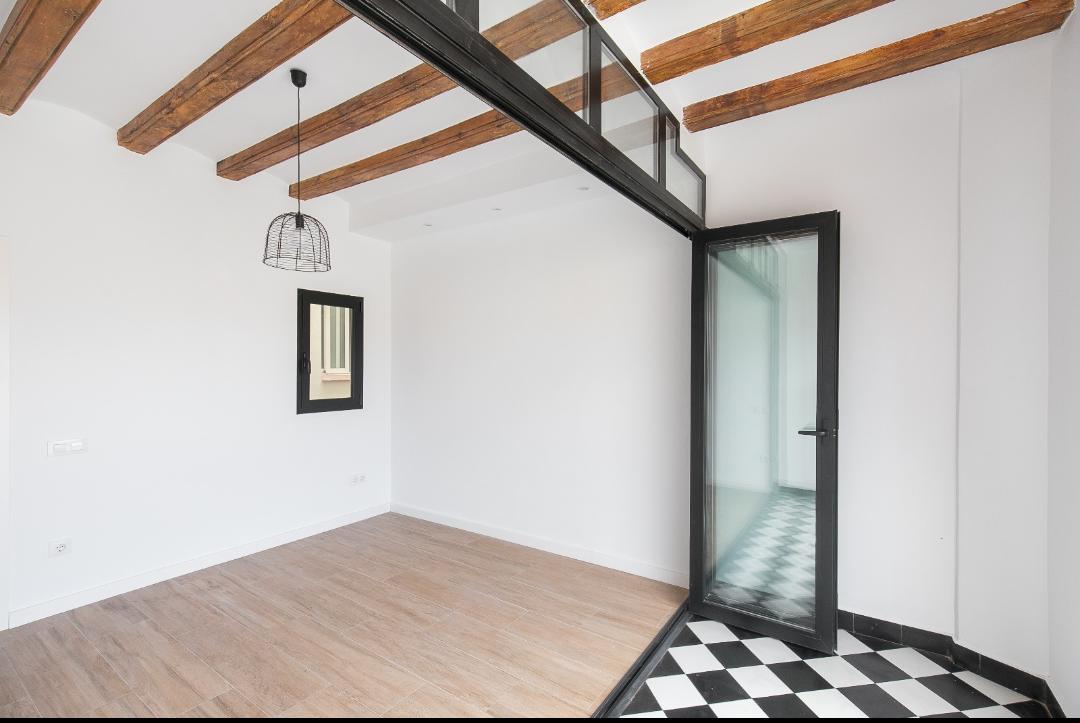 Image Apartment in El Raval 12