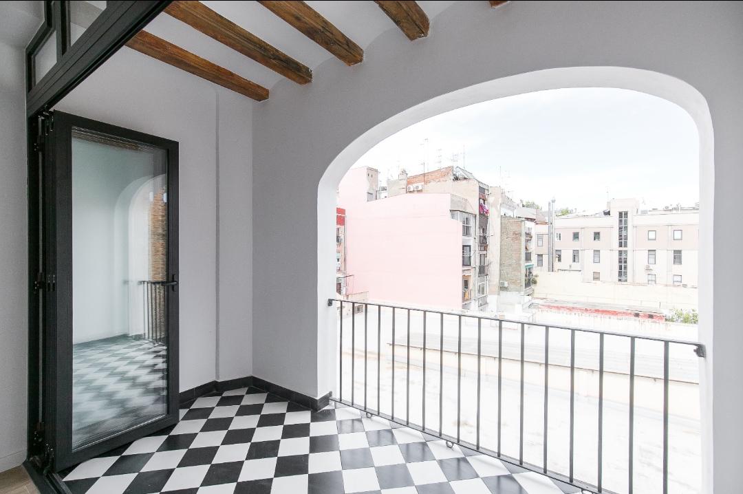 Image Apartment in El Raval 11