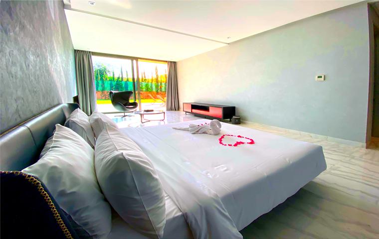 Image Villa Moderne de 4/5 Suites avec Piscine 10