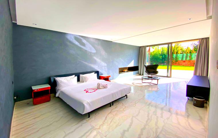 Image Villa Moderne de 4/5 Suites avec Piscine 9