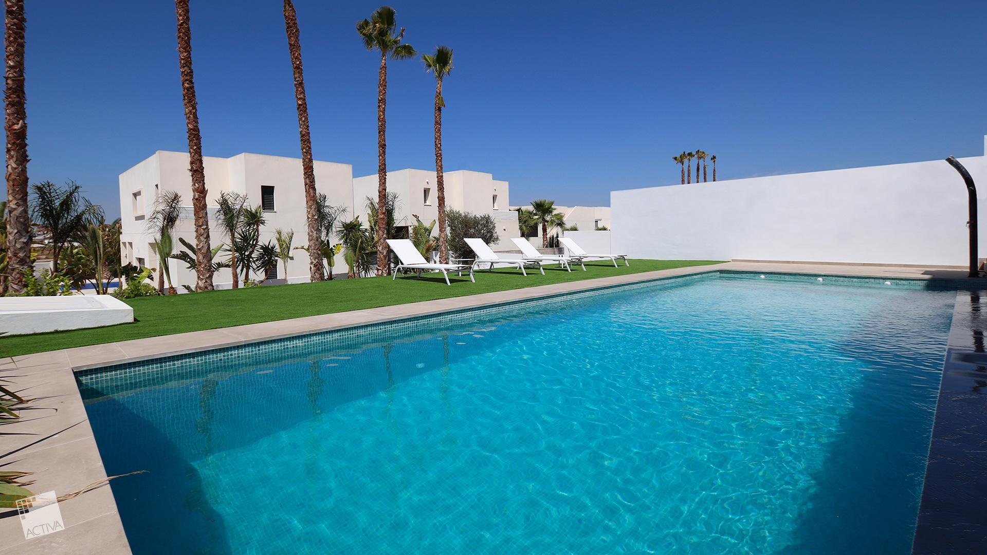 Image Majestic Loft Style Villa in Quesada 2