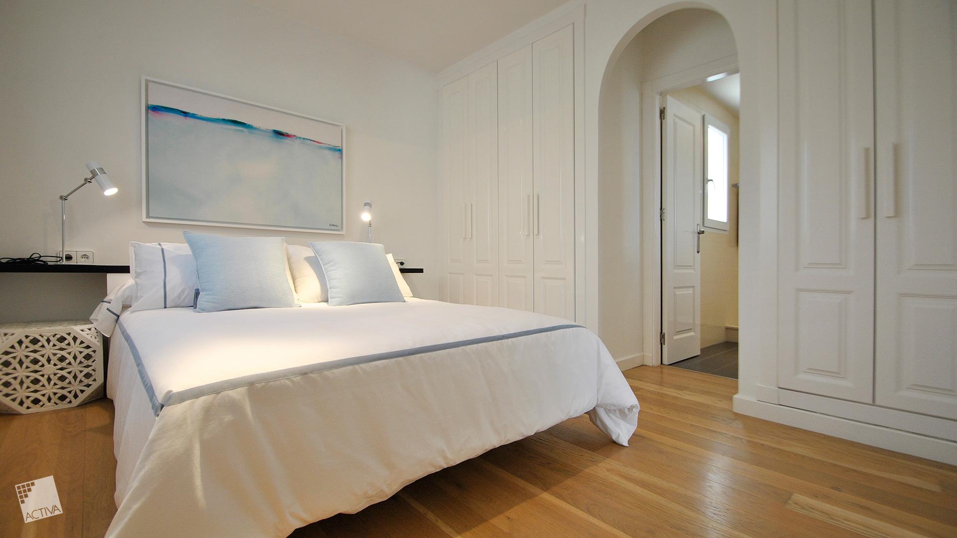 Image Spectacular Colonial Style Villa in La Marina – Key Ready 6