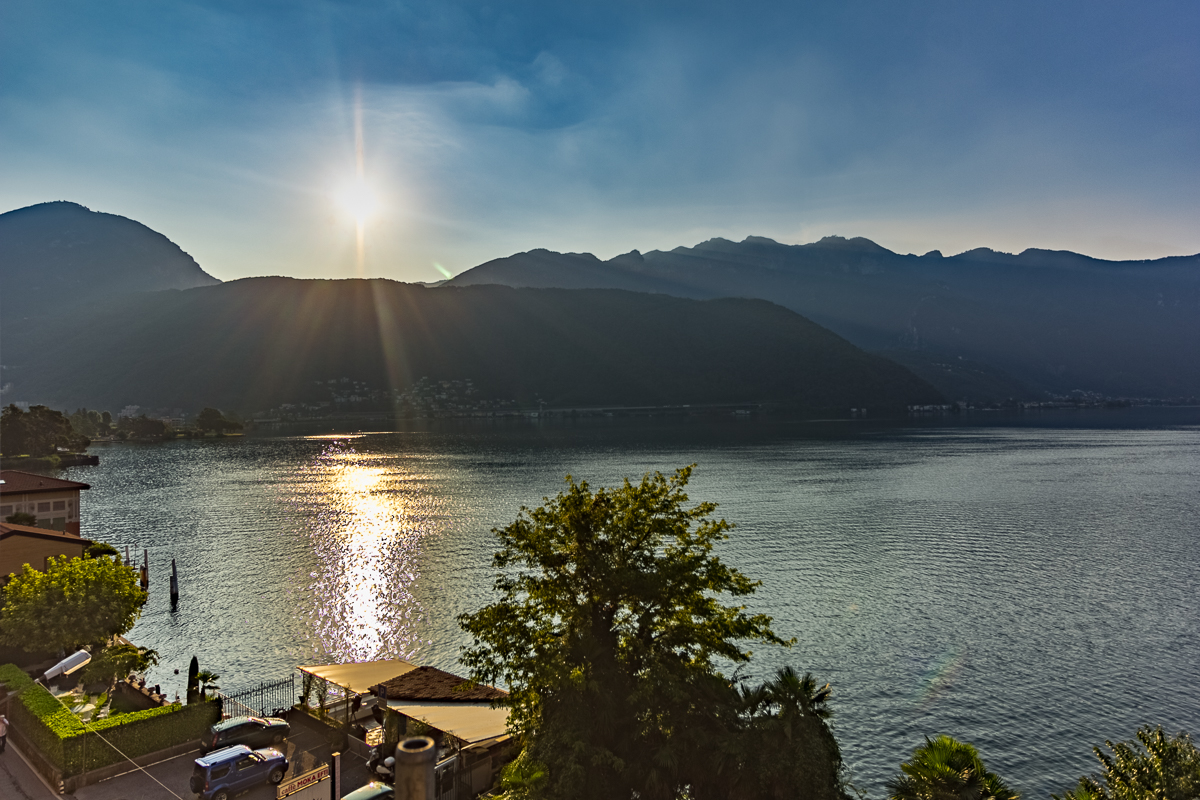 Image Prestigious duplex  apartment with garden on Lake Lugano 0