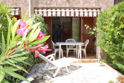 Image Sale apartment saint cyr sur mer  1