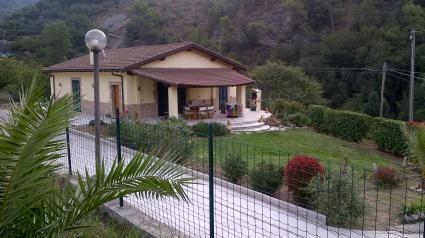 Image Sale villa perinaldo imperia 1