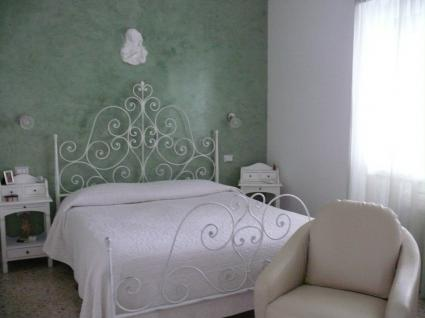 Image Sale bed and breakfast olbia sassari 1