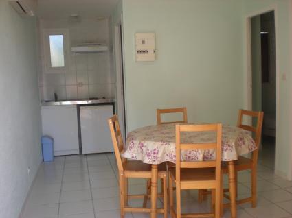 Image Rent apartment 30220 nîmes 3