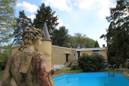 Image Sale prestigious real estate rambouillet versailles 1