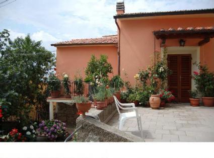 Image Sale house serravalle pistoia 2