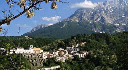 Image Sale land castelli (te)  1