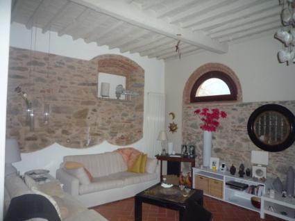 Image Sale prestigious real estate capannori lucca 8