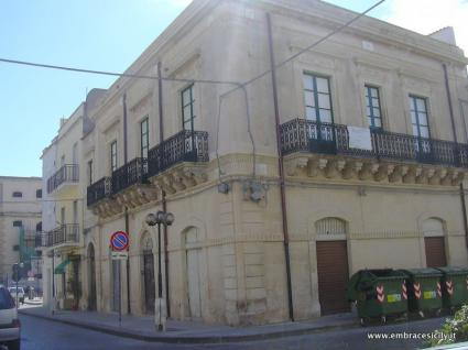 Image Sale prestigious real estate noto siracusa 0