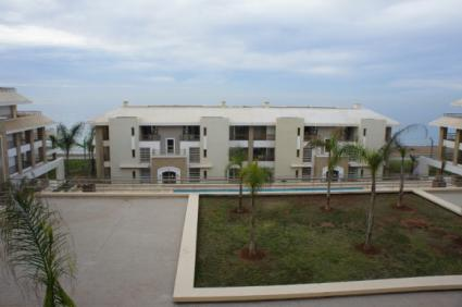 Image Sale apartment plage des nations salé 1