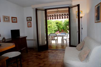 Image Sale apartment saint cyr sur mer  2