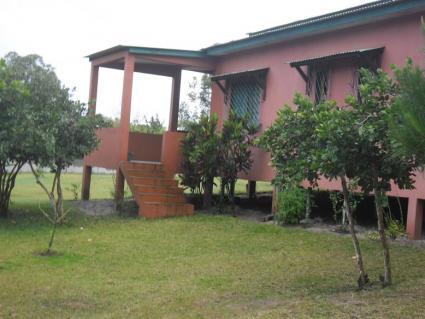 Image Sale house 23km de tamatave  1