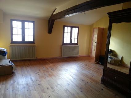 Image Sale house saint jean d'angély  2