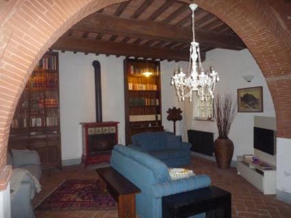 Image Sale prestigious real estate capannori lucca 5