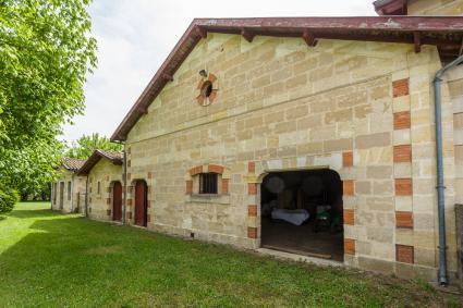 Image Sale castle 33610 canéjan  bourdeaux 6