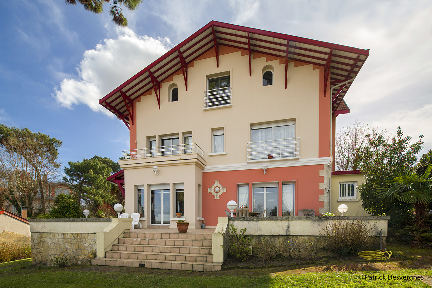Image MAGNIFICENT PROPERTY – ARCACHON – FRANCE 1
