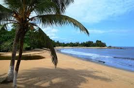 Image 3 Parcelles belles bord de mer entrée Kribi ( Baie Elabé - quartier Hotels Jully et la Marée  ) entrée privée directe de route Edéa -Kribi, Cameroun. Situation exceptionnelle. 2