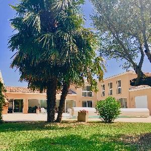 Prestations d'exception verser cette villa UNIQUE !></noscript>                                                         <span class=