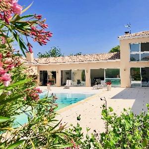 Prestaciones d'exception pour cette villa ÚNICA !></noscript>                                                         <span class=