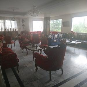 Villa de maître à Menzah 6 proche de toutes commodités></noscript>                                                         <span class=