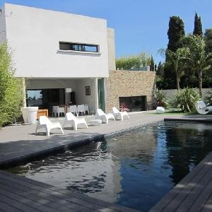 Villa di 300m2 Eccezionale Di architettura moderna della luminosità del sole di comfort incornicia il mare e la campagna></noscript>                                                         <span class=