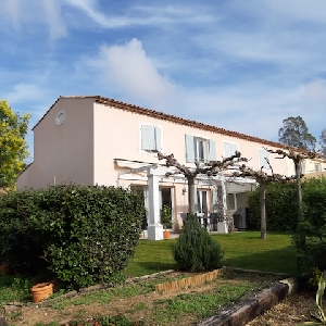 Beautiful house in Sainte Maxime (Var), with seaview></noscript>                                                         <span class=