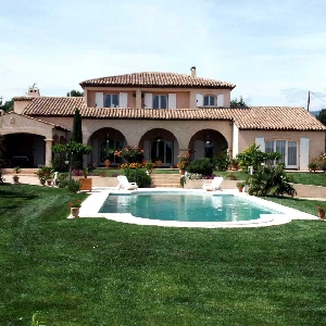 For sale Villa La Tour d'Aigue></noscript>