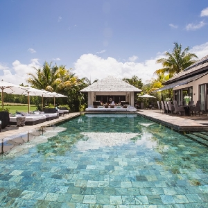 FOR SALE IRS VILLA ON THE EASTERN COAST OF MAURITIUS></noscript>
