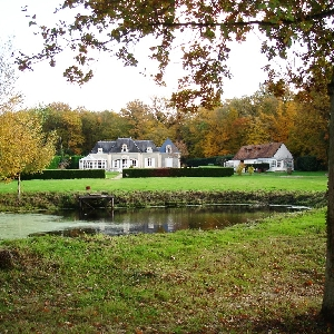House on 3 ha of land, Cour-Cheverny (41700)></noscript>                                                         <span class=