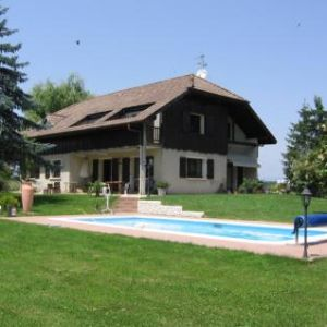 Rent house 3km suisse ></noscript>