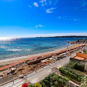 Cannes French Riviera sea view ></noscript>